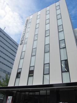 鳥取市医療看護専門学校校舎
